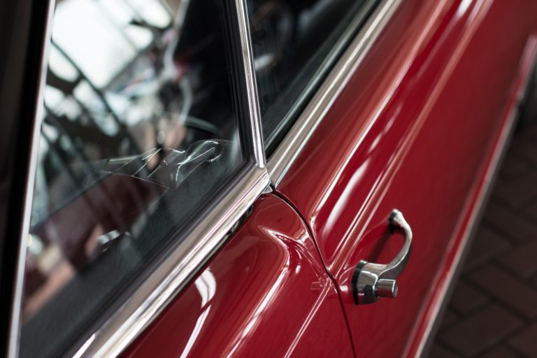 Tür vom Mercedes-Oldtimer